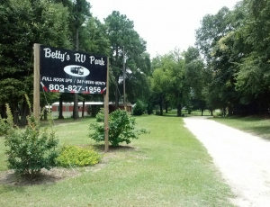 Betty's RV Park - Picture 2