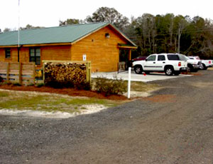 Cain's CreekSide RV Park - Picture 2