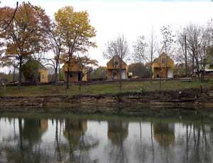 Caplinger Mills River Front Resort - Picture 3