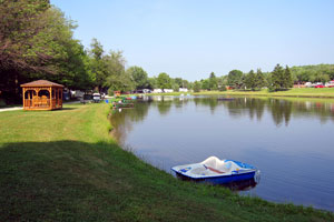 Evergreen Lake Park - Picture 3
