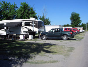 Grizzly's RV Park - Picture 1