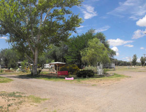 Historic RT 66 RV Park - Picture 3