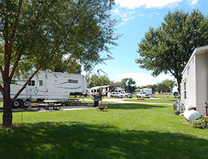 Lakeshore RV Resort & Campground - Picture 1