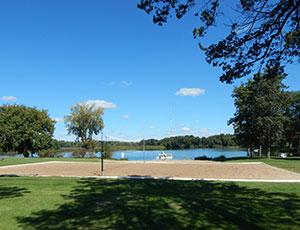 Lakeshore RV Resort & Campground - Picture 2