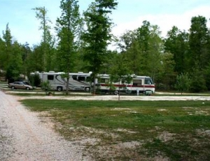 Lakeside RV Park - Picture 3