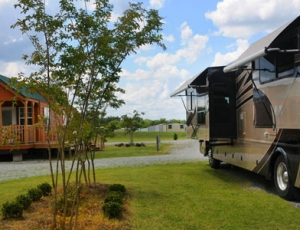 Montgomery South RV Park - Picture 2