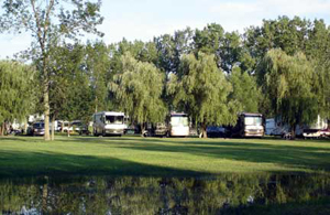 Niagara Hartland RV Resort - Picture 3