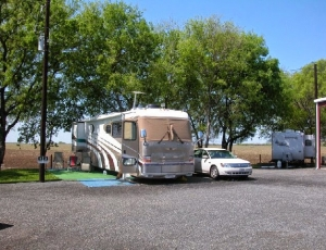 Quiet Texas RV Park I - Picture 3