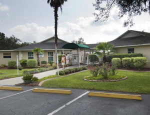 Red Oaks Carefree RV Resort - Picture 3