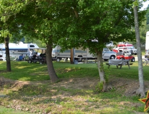 Renfro Valley RV Park - Picture 3
