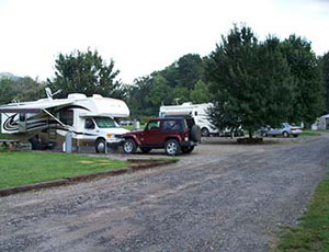 Riverhouse Acres Campground - Picture 1