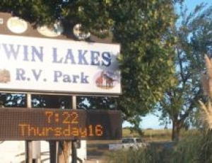 Twin Lakes RV - Picture 1